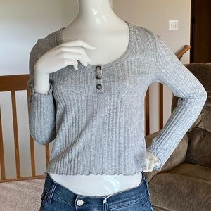 AERO grey crop ribbed sweater •large